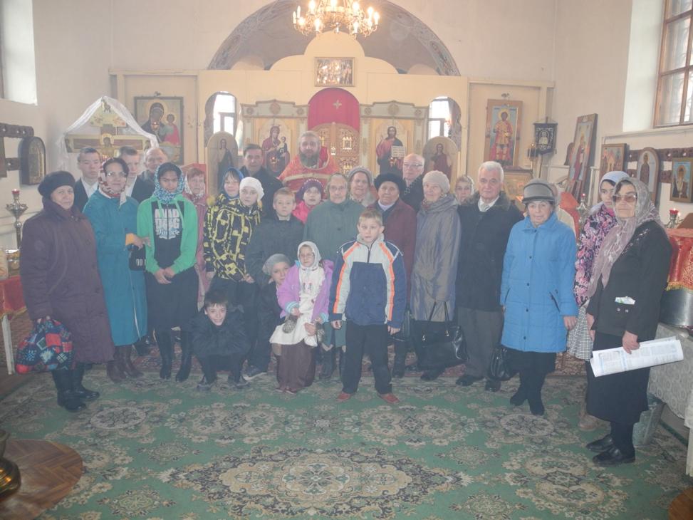 Социальное служение на приходе Феодоро-Стратилатовского храма с. Большое Колычево